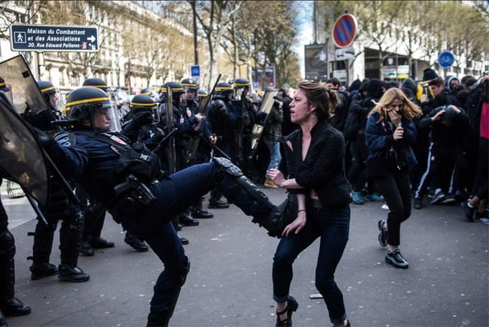 """Frankreich:""""Die Niederlage der Un-Ordnungskräfte auf Twitter"""""""